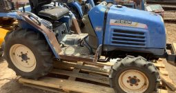 ISEKI 321 4WD HYDROSTATIC TRACTOR